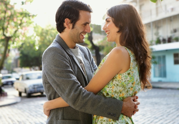 "When Should You Bring Up ""Exclusivity"" With Your New Love Interest?"