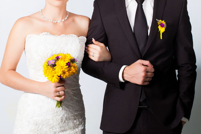 10 Reasons He Married You When He Wasn't IN Love With You!